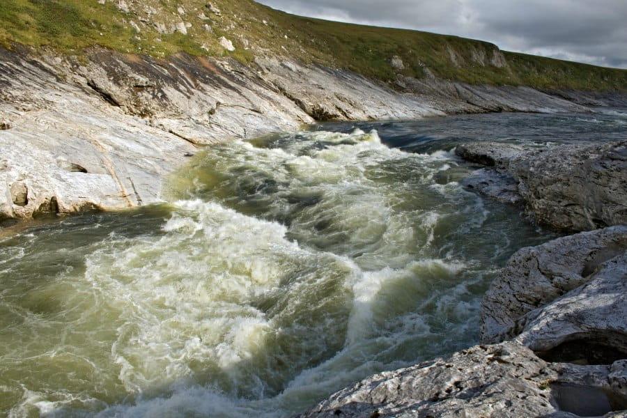 Водопад Буредан, река Кара.