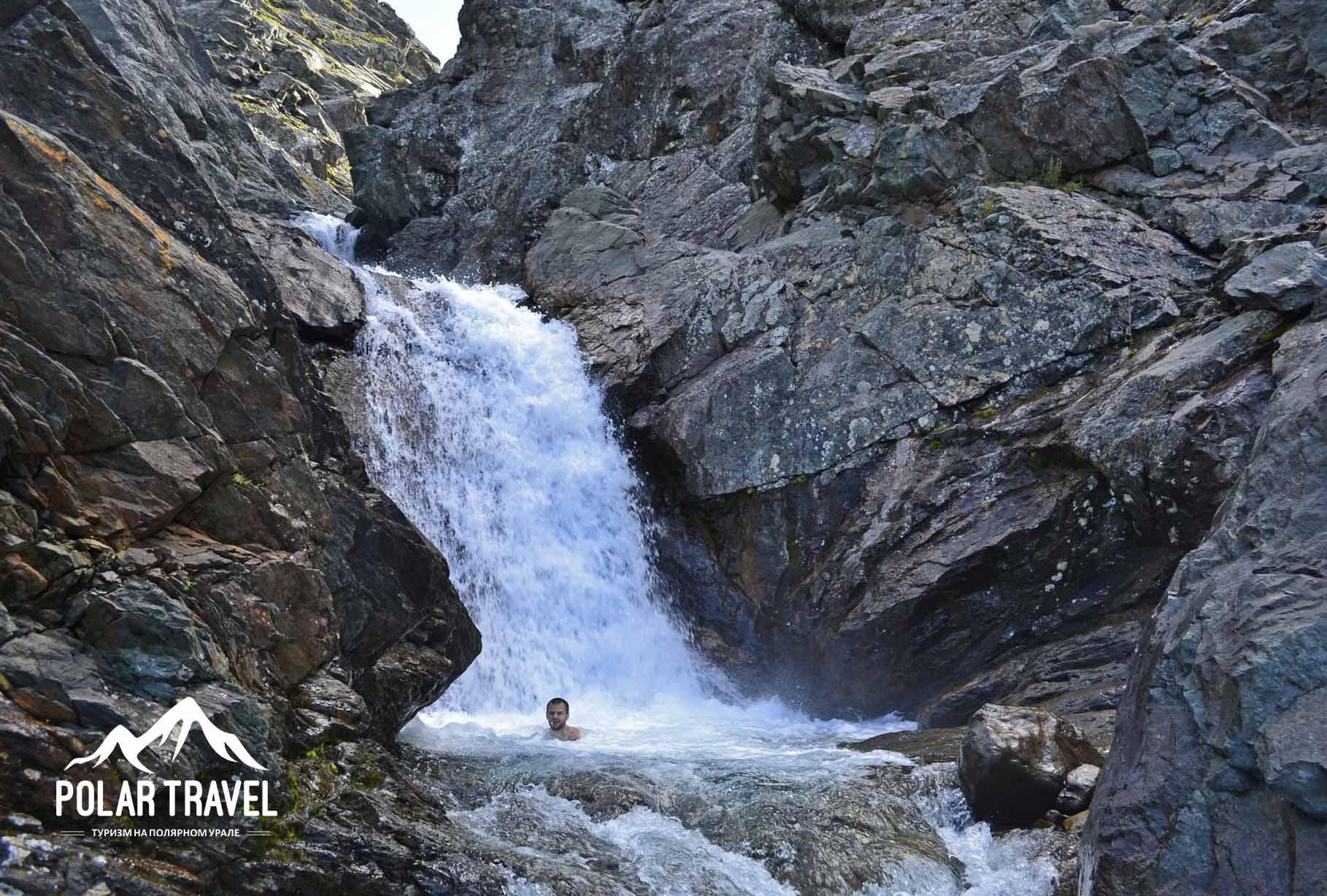 Нефритовый водопад, ручей Нырдвоменшор.