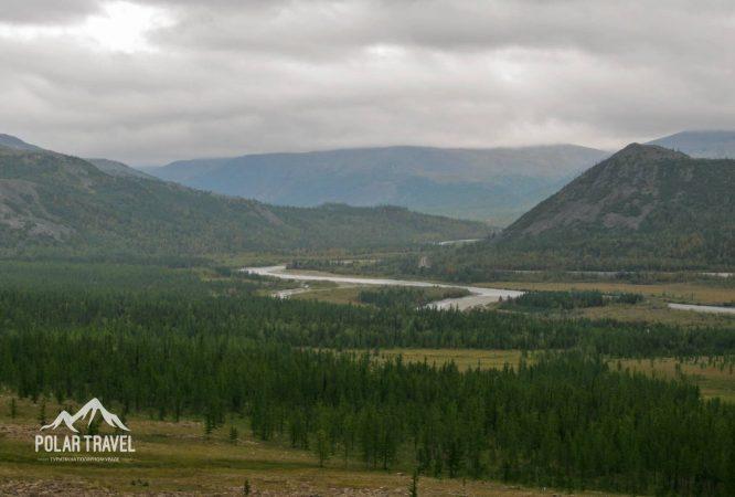 Долина реки Собь, Полярный Урал.
